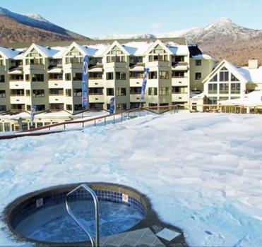 Take a soak in the Loon Mountain Club's outdoor whirlpool.